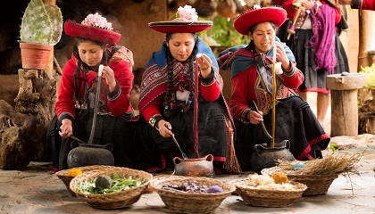 Sacred Valley Machu Picchu 2 Days 1 Night